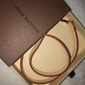 Authentic Louis Vuitton Pochette strap